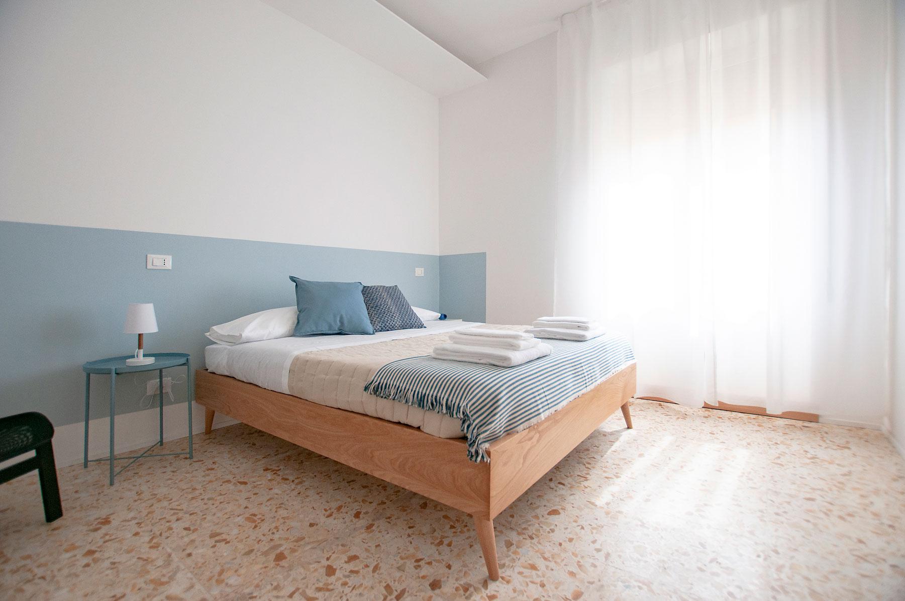 camera-2-casa27-b&b-terracina